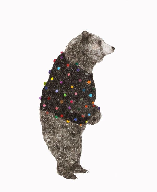 Even bears like sweaters