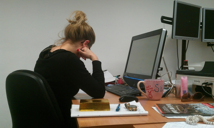Here's our Head of Research, Jan Skoyles (@Skoylesy), researching her latest article next to her 'gold bar'.