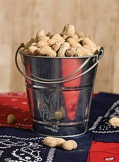 Quick & Easy Food for Western Party: peanuts in a pail #cowboy party. Maybe as a centerpiece.