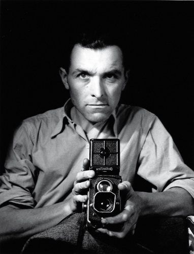 Robert Doisneau: French photographer. In 1930s he used a Leica on the streets of Paris. He & Henri Cartier-Bresson were pioneers of photojournalism.(Apr 14, 1912,  Apr 1, 1994)  Wikipedia