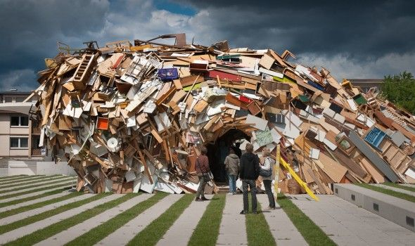 German architect and artist Raumlaborberlin builds a huge pavilion of all collected items. The pavilion, called 'The Vortex' is made from old household items, by the people of The Hague.