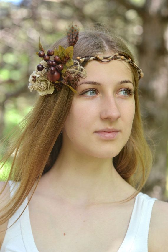 Rustic Flower  crown Linen rose acorn hair wreath by Vualia
