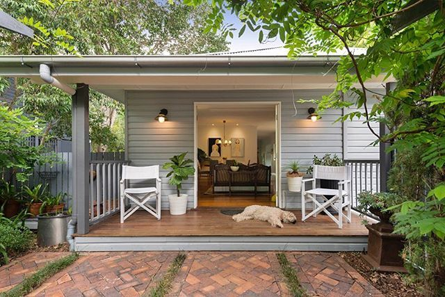 It's almost the weekend, can you smell it yet??? Hopefully you can find some time this weekend to relax like Dublin is on the deck here. #photosbyrealscope #brisbanerealestatephotographer #brisbanerealestatephotography #brisbanerealestate #dogsofinstagram