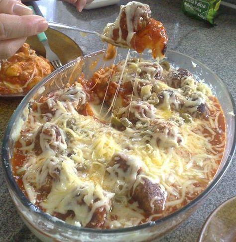 Para um jantar caprichado! - Aprenda a preparar essa maravilhosa receita de Almôndegas gratinadas com purê de batatas