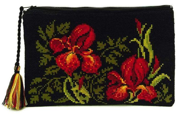 Набор для вышивания Риолис 1679АС Косметичка Ирисы