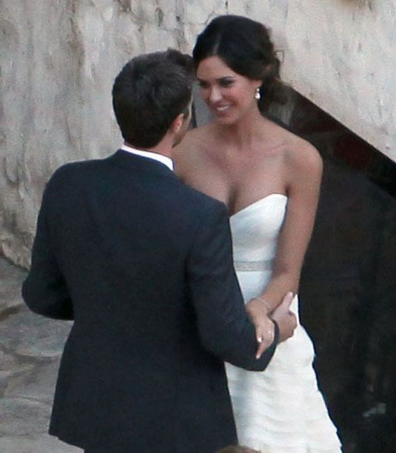 Dave Annable and Odette Yustman | Celebs Wedding Gowns ...