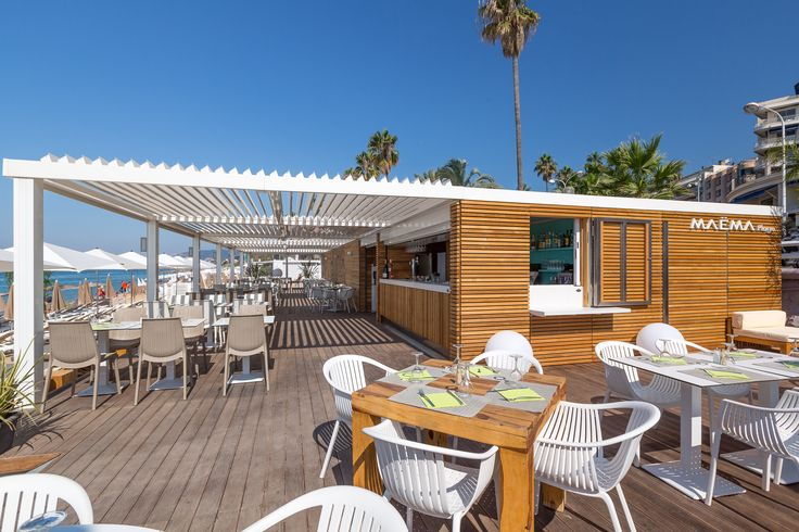Stabilimento balneare in Costa Azzurra, Cannes | Rivestimento esterno in legno di Cedro Rosso Canadese