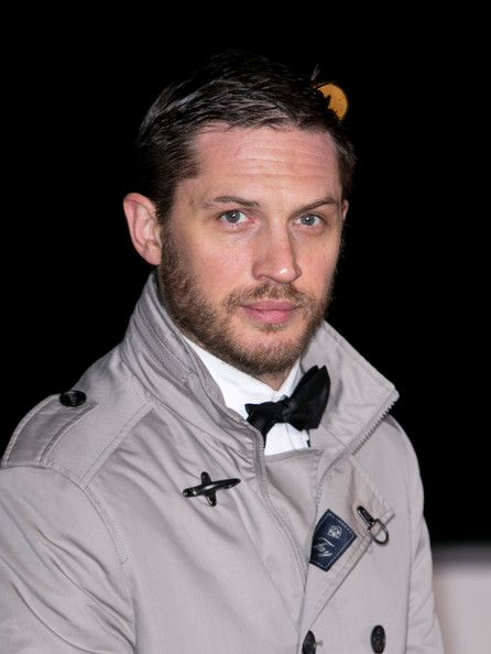 Tom Hardy Photos Photos - Tom Hardy attends The Sun Military Awards at National Maritime Museum on December 11, 2013 in London, England. - Arrivals at the Sun Military Awards