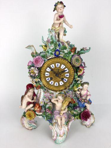 Wunderschöne Pendule / Große Kaminuhr / Portaluhr / Aufsatzuhr: Meissen Porzellan,