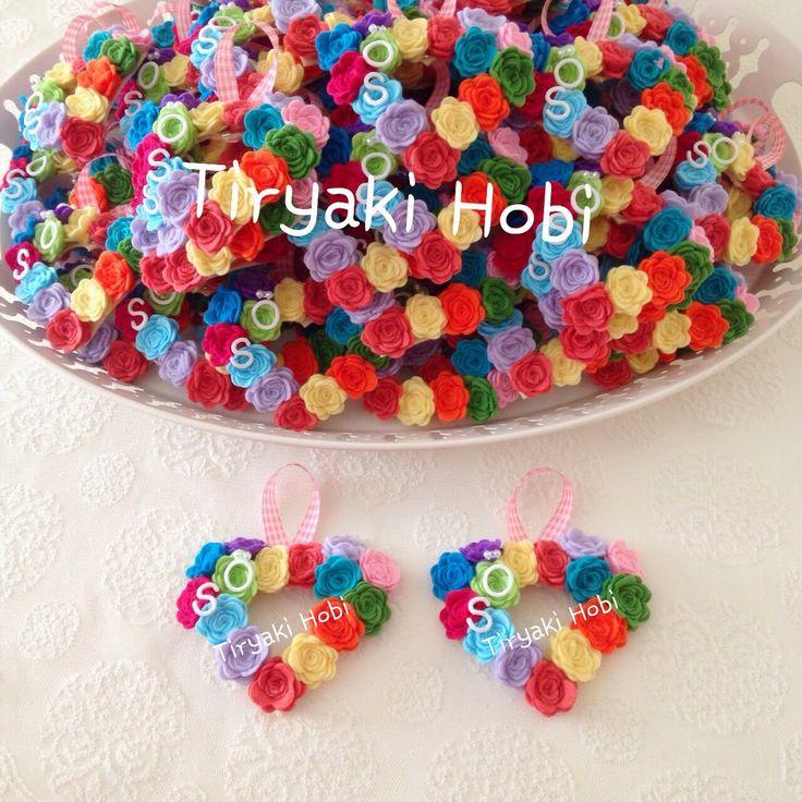 ♥ Tiryaki Hobi ♥: Keçe nikah şekeri / magneti - güllü kalp magnet - Sinem&Övünç