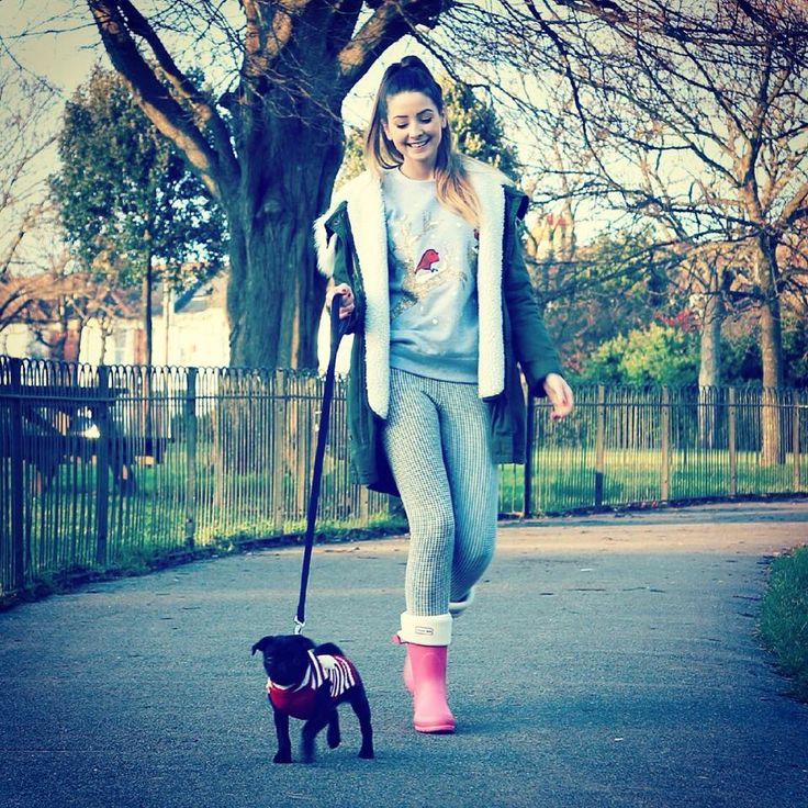 Here is Zoella walking her very cute dog nala love this photo Zoella looks so happy :) via youtube land