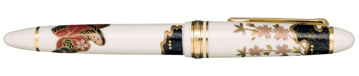 Sailor 1911 Maki-e Limited Edition 'Tale of Genji' fountain pen. Designed by the famous artist Kosen Oshita. http://www.writeherekitenow.co.uk/acatalog/1911-Maki-e.html