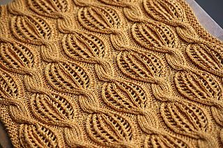 Golden Dreams -- combination of tilted lacy bubbles and cables