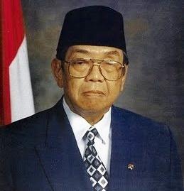 presiden 4: K.H. Abdurrahman Wahid/Gusdur [1999-2001]