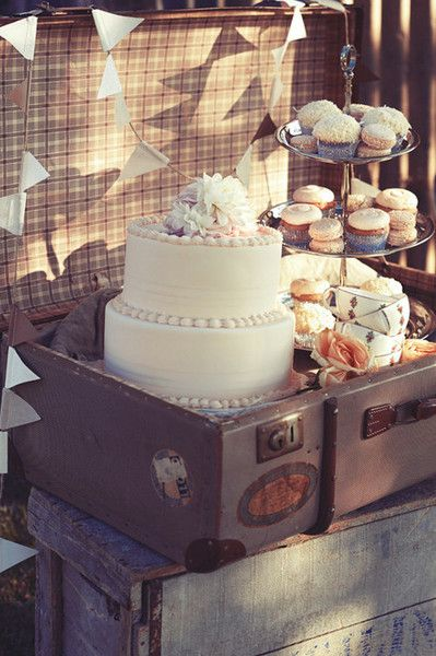 photo by corrie bond, wedding cake in a vintage suitcase