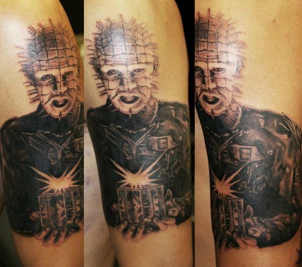 20 tatouages de films dhorreurs   20 tatouages de films d horreurs pinhead