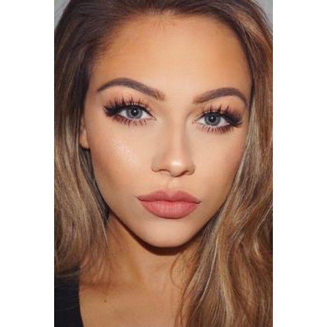 Επιλέξτε έντονες βλεφαρίδες και ζουμερά χείλη για το μακιγιάζ σας! Για κρατήσεις ραντεβού στο σπίτι σας στο τηλέφωνο  21 5505 0707! . . . #γυναικα #myhomebeaute  #ομορφιά #καλλυντικά #καλλυντικα #μακιγιαζ #makeup #ομορφια #μακιγιάζ #βλεφαριδες #μακιγιάζ #βλεφαρίδες