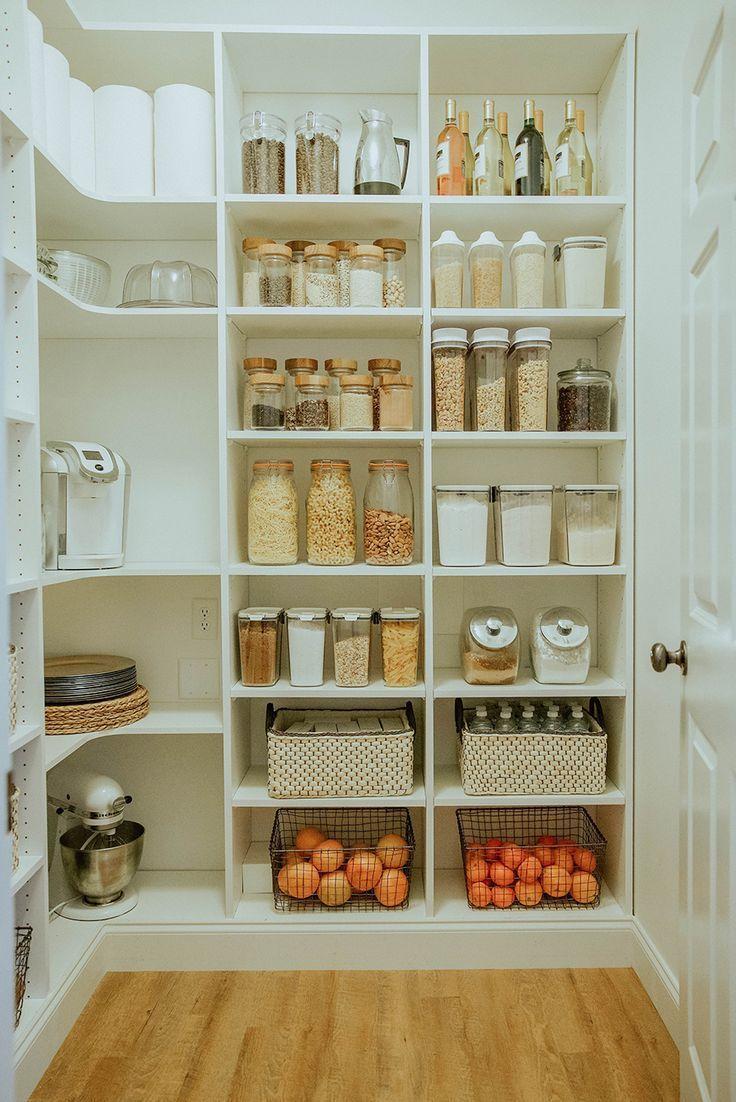 Waschküche zu begehbarer Speisekammer offenbaren