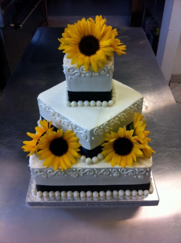 Top 25 best White square wedding cakes ideas on Pinterest