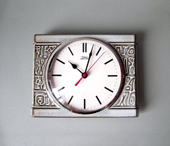 vintage german wall clock diehl electronic quartz kitchen clock made in germany 70s square clock beige