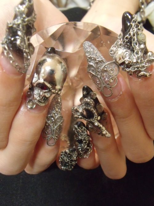 Dark crystal nails - to top off the dark take-over.