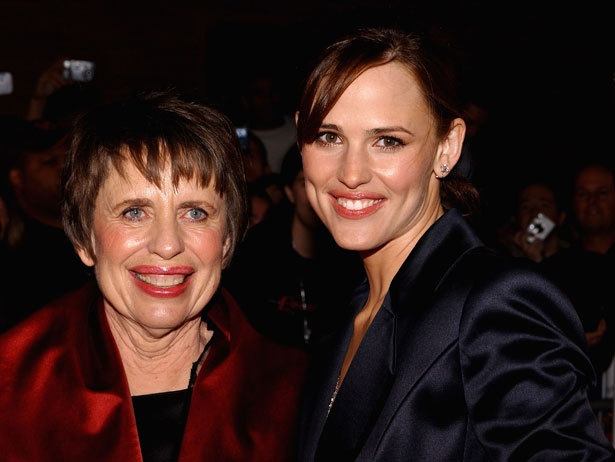 Jennifer Garner and her mother, Patricia Ann Garner.