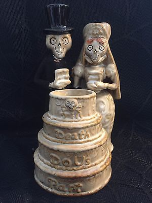 "Yankee candle boney bunch 2009 ""till death do us #part"" #wedding cake tea #light ,  View more on the LINK: 	http://www.zeppy.io/product/gb/2/282069026223/"