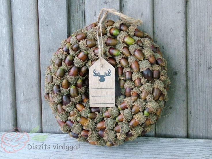 Csupa makkos szépséges őszi ajtódísz dekoráció