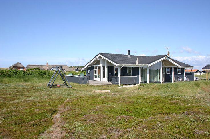 Nur 200 Meter vom Nordsee Strand entfernt ein schickes Ferienhaus im Last Minute Angebot: http://www.danwest.de/ferienhaus/3204/superschick-ferienhaus-strand #LastMinute #Ferienhaus #Dänemark