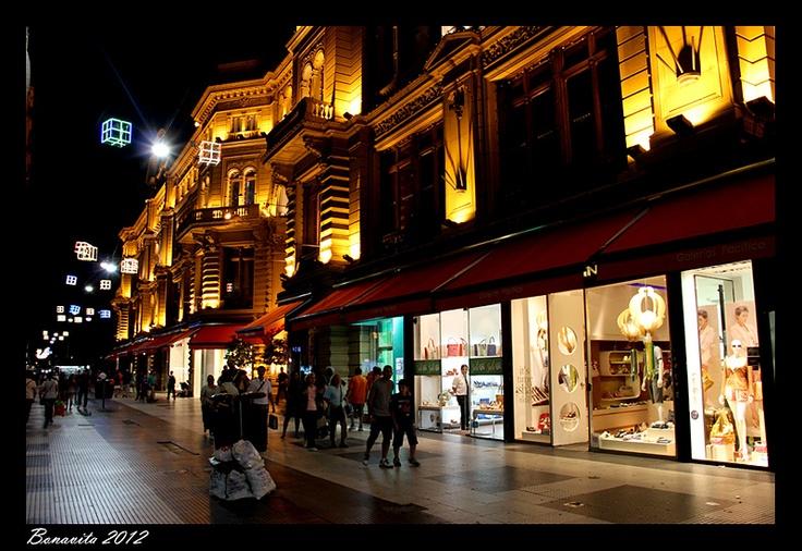 Calle Florida a la noche, Buenos Aires