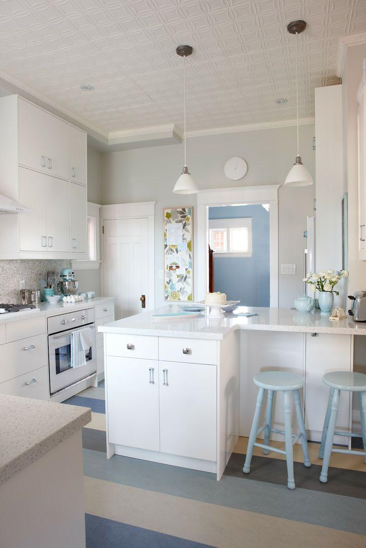 Sarah richardson farmhouse mudroom - 17 Best Images About Sarah Richardson Design On Pinterest Sarah Richardson Maze And Design