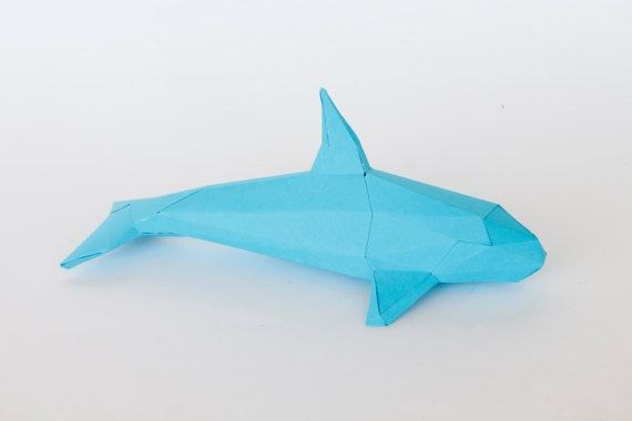 Beautiful Whale 3D papercraft sculpture template. It tooks around 3 - 4 hours to finish him. For me is like meditating :) I hope you enjoy making him as much as I do. You will get a digital instant download PDF with all the instructions and pieces you need to make him real. He will look great decorating a shelve or auxiliar table at your home. You will need cardstock paper between 180 g - 220 g, scissors or craft knife, ruler, paper glue or liquid silicone. Size: 35 x 14 x 16H cm  Don´t…