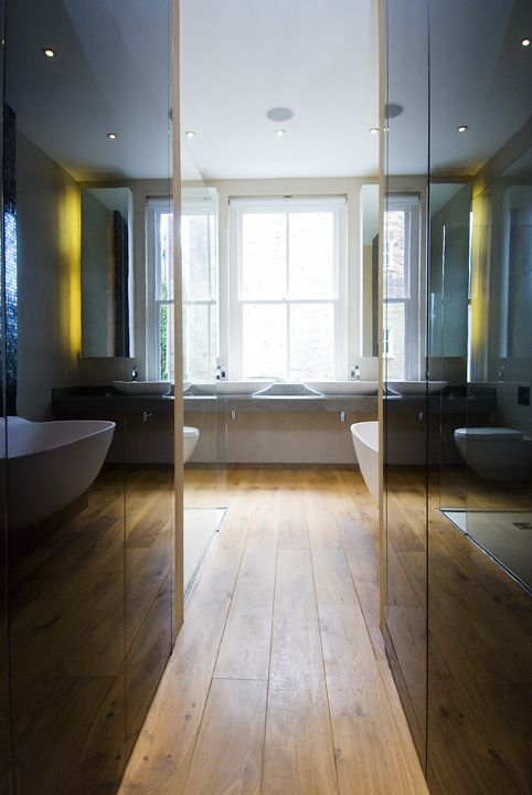 Paralleled precision, entrance to bathroom/ Residential, London/ 4M Group www.4mgroup.co.uk