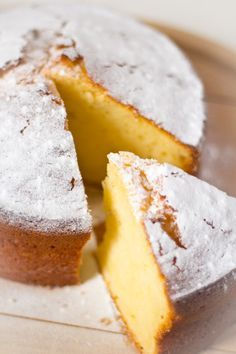 yoghurt cake // greek yoghurt, sugar, oil, salt, orange, eggs, flour, baking powder
