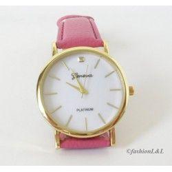 V jednoduchosti je krása, aj tak by sa dali opísať elegantné ružové hodinky s ciferníkom v zlatej farbe :)