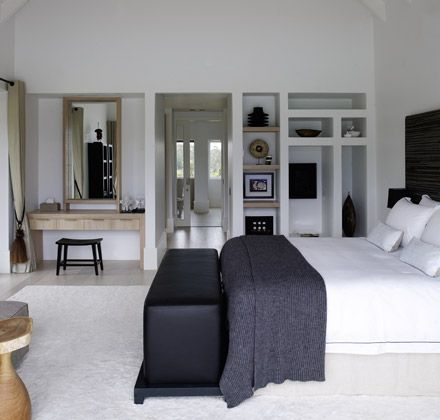 Mrs.Me home couture knitted mohair rib graphite |cushions Avenue white|Golf Club Villa | Project by Piet Boon®