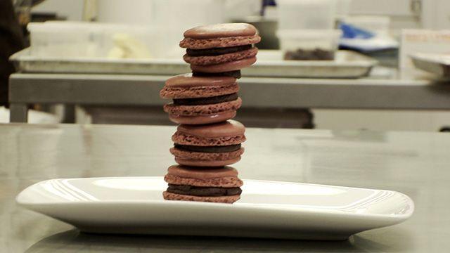 Pâte à macarons au chocolat de Christophe Morel | Recettes-de-chefs.ca