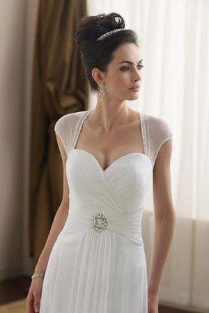 82 best Brautkleid, -strauß, -frisur images on Pinterest   Bridle ...