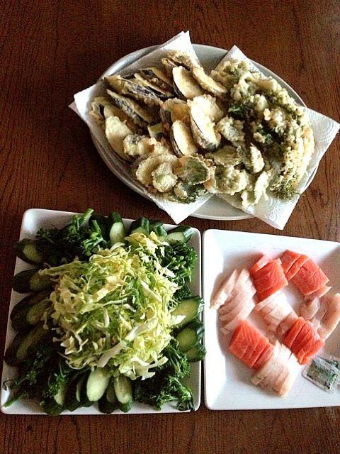 山菜天ぷら、なす天、サラダにお刺身、豚汁が今晩の夕ご飯さぁめしあがれ♪ - 2件のもぐもぐ - 山菜天ぷらの季節になりました♪ by gurutamin
