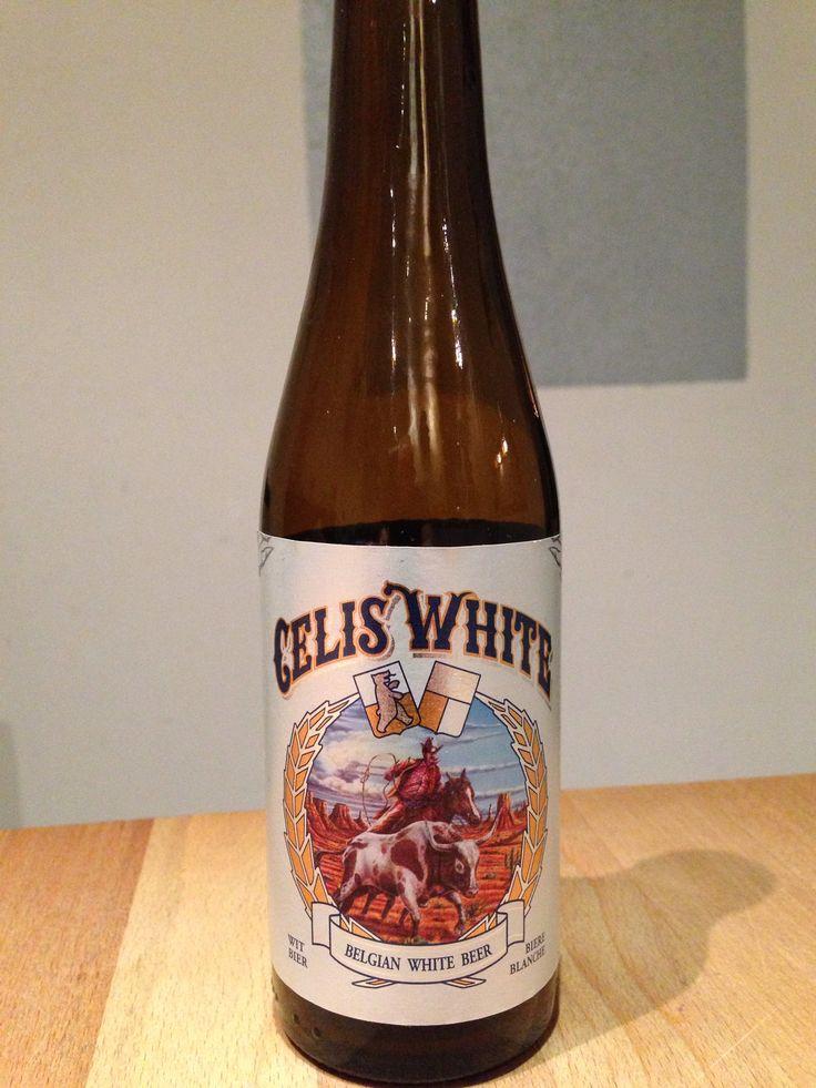 Celis White. 25cl, 5%. Celis Brewery, Austin, Texas