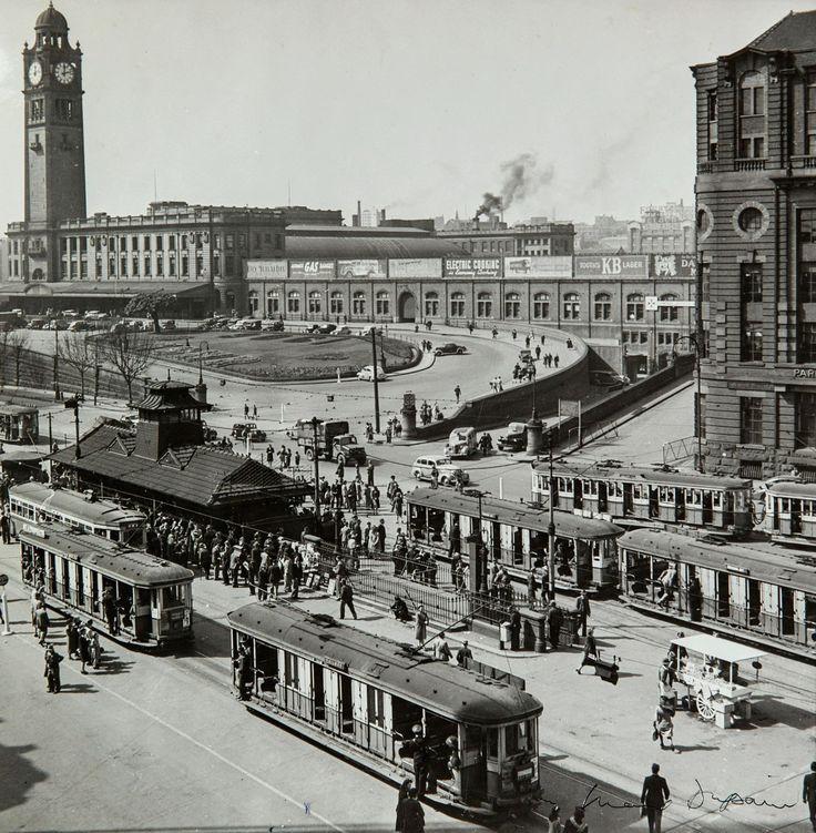 Max Dupain, Railway Square, Sydney