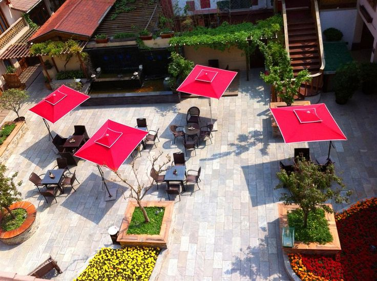 Stay in the five star Hutong Coutyard Hotel