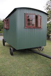 Shepherds Hut / Caravan