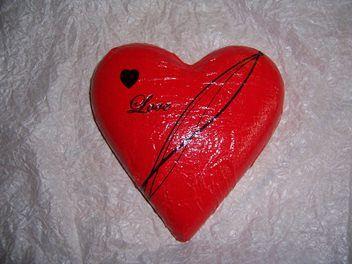 A heart a day 26/04/13 - Piper Morgan Designs