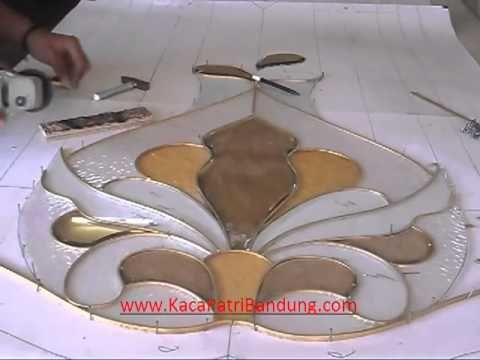 Desain Kaca Patri