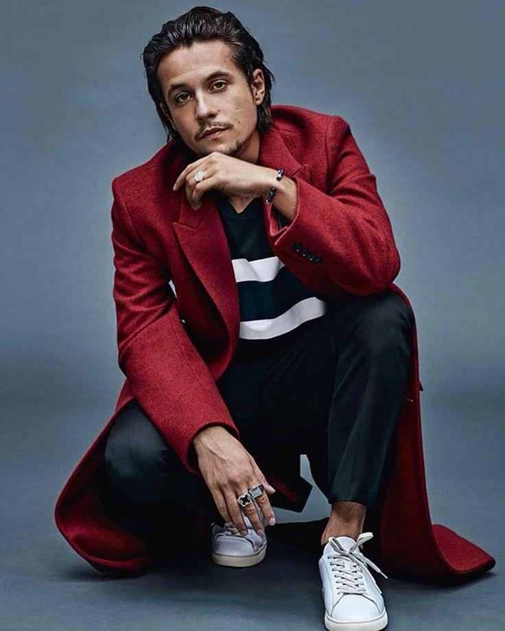 Elu homme le plus stylé de l'année par le magasine GQ #nekfeu
