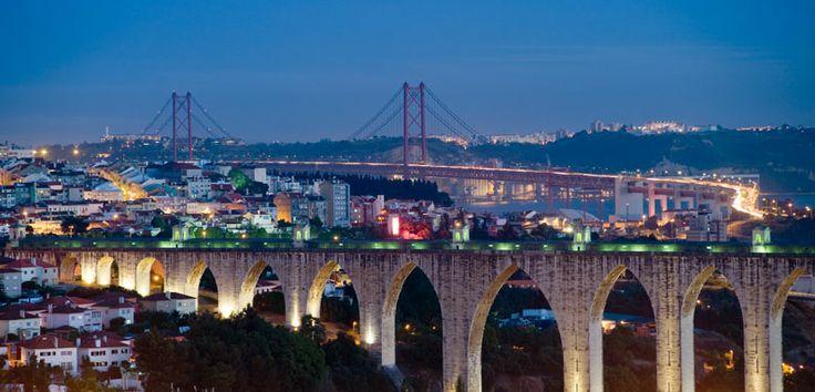Lisbona mare,cultura e tanto divertimento.Capitale del Portogallo assolutamente da visitare. Weekend a partire da 210€ con hotel+volo. http://www.iviaggididabi.net/last_minute.html #viaggi #capitali #Europa #Lisbona