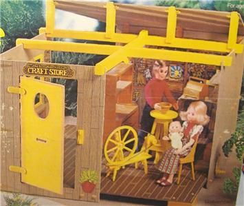 my favorite dolls as a kid: the Sunshine Family! i mean c'mon, they ran a Craft Store and had a spinning wheel! is it any wonder i am who i am?