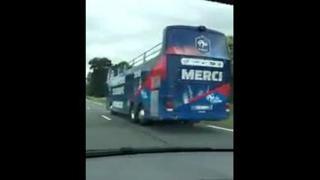 Euro 2016, Portogallo-Francia: il pullman per la vittoria dei Bleus sorpreso per strada otto ore prima della finale - Corriere.it
