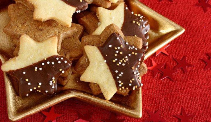 Orechové linecké koláčiky plnené Nutellou